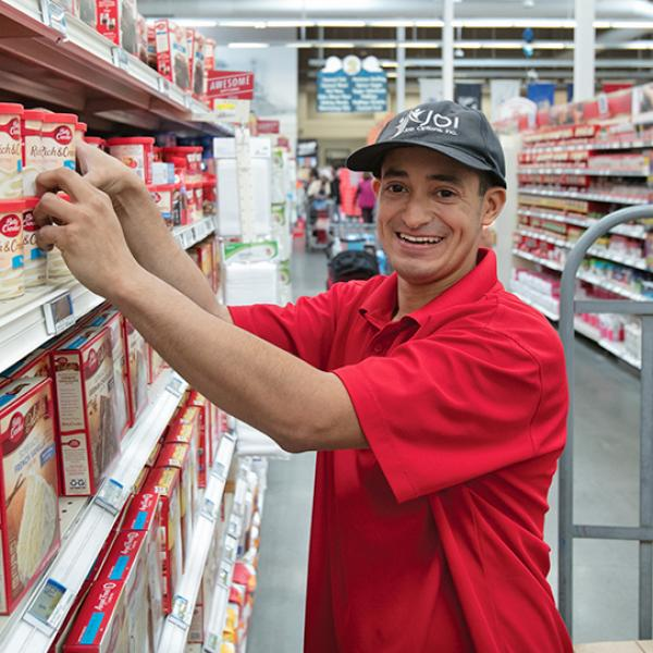 Food Processing, Packaging, Distribution employee